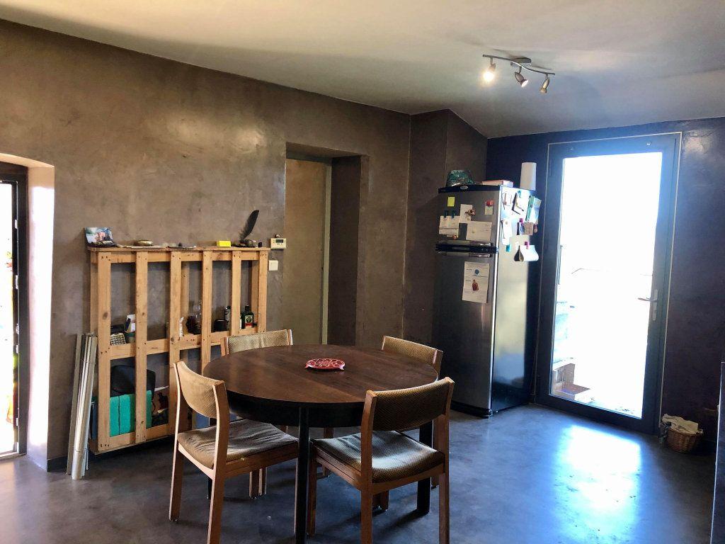 Maison à vendre 9 164.5m2 à Grospierres vignette-6