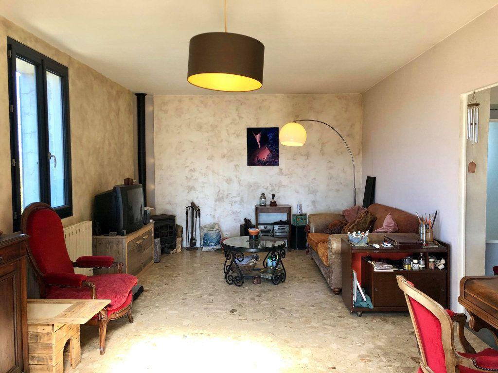 Maison à vendre 9 164.5m2 à Grospierres vignette-7