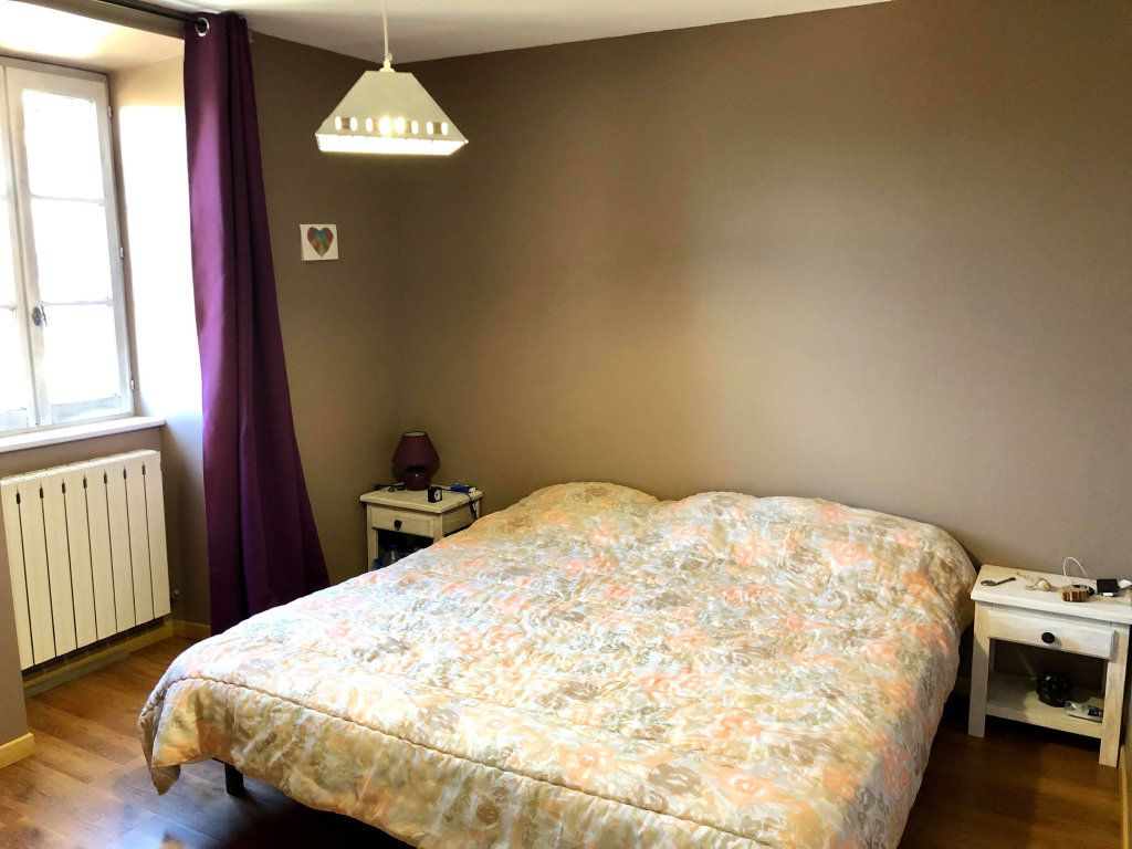 Maison à vendre 9 164.5m2 à Grospierres vignette-13