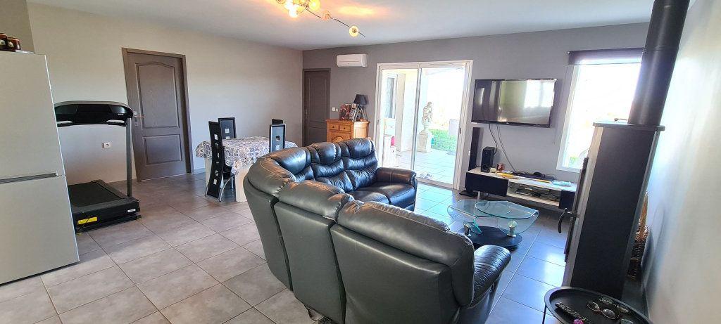 Maison à vendre 5 135m2 à Uzer vignette-4