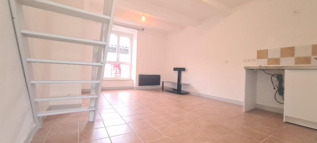 Appartement à louer 2 38.5m2 à Aubenas vignette-4