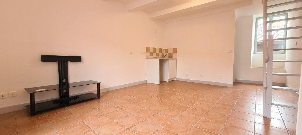 Appartement à louer 2 38.5m2 à Aubenas vignette-5