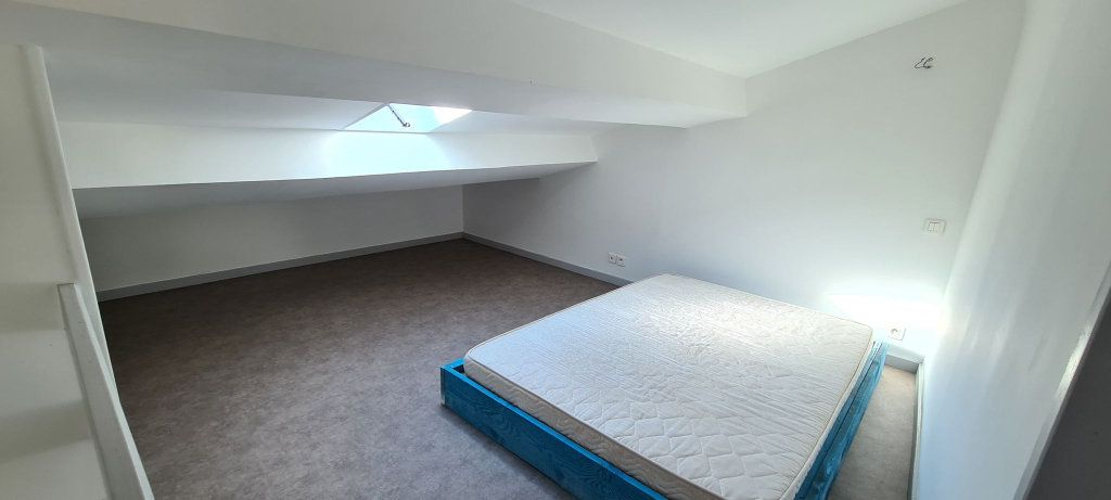 Appartement à louer 2 38.5m2 à Aubenas vignette-11