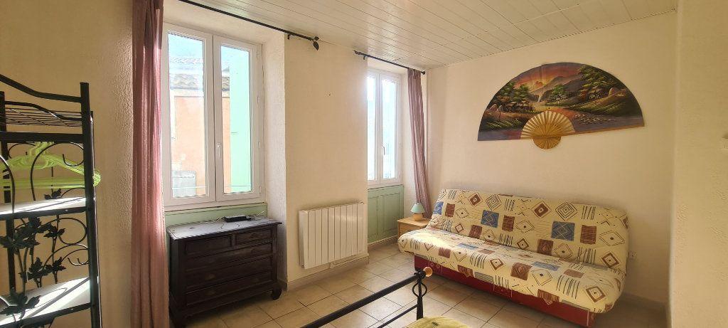 Appartement à louer 2 28.6m2 à Largentière vignette-2