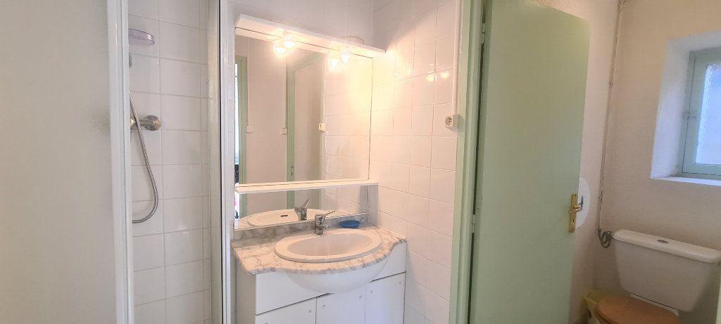 Appartement à louer 2 28.6m2 à Largentière vignette-5