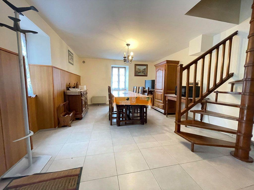 Maison à vendre 9 115.5m2 à Rocles vignette-2