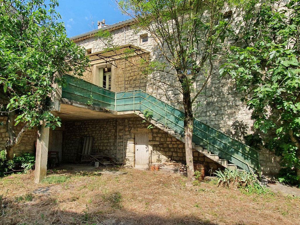 Maison à vendre 8 134m2 à Chandolas vignette-4