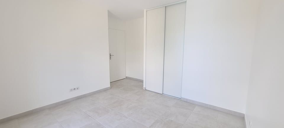 Appartement à louer 4 84.35m2 à Aubenas vignette-14