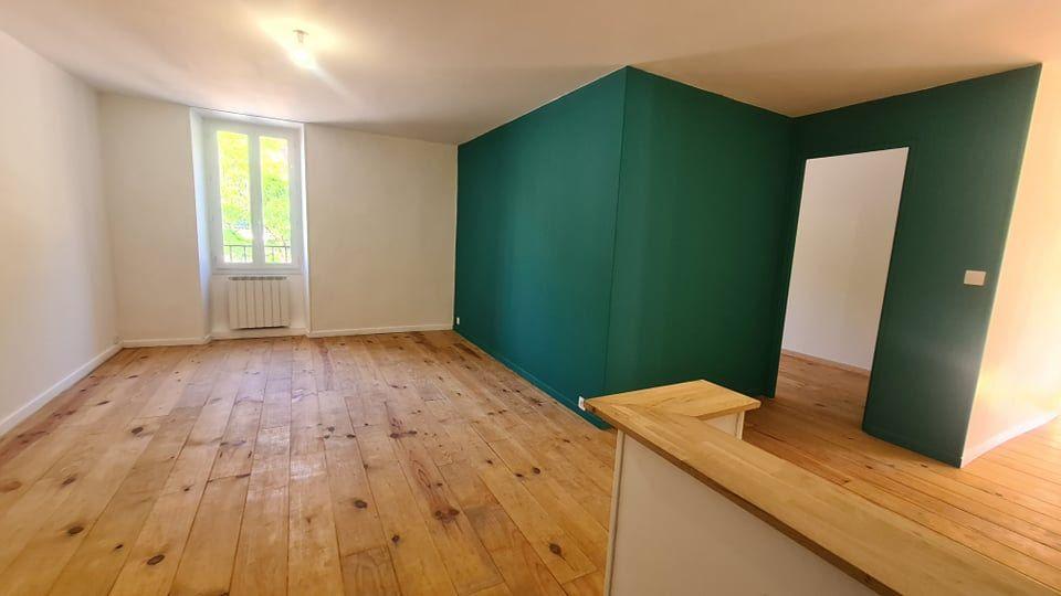 Appartement à louer 4 73.34m2 à Largentière vignette-4