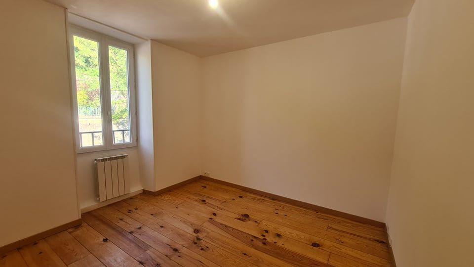 Appartement à louer 4 73.34m2 à Largentière vignette-7