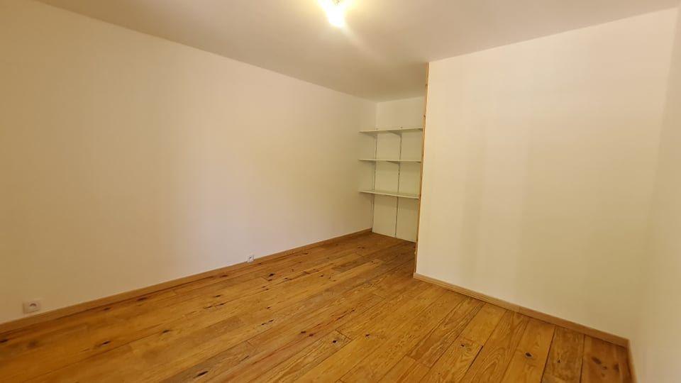 Appartement à louer 4 73.34m2 à Largentière vignette-8