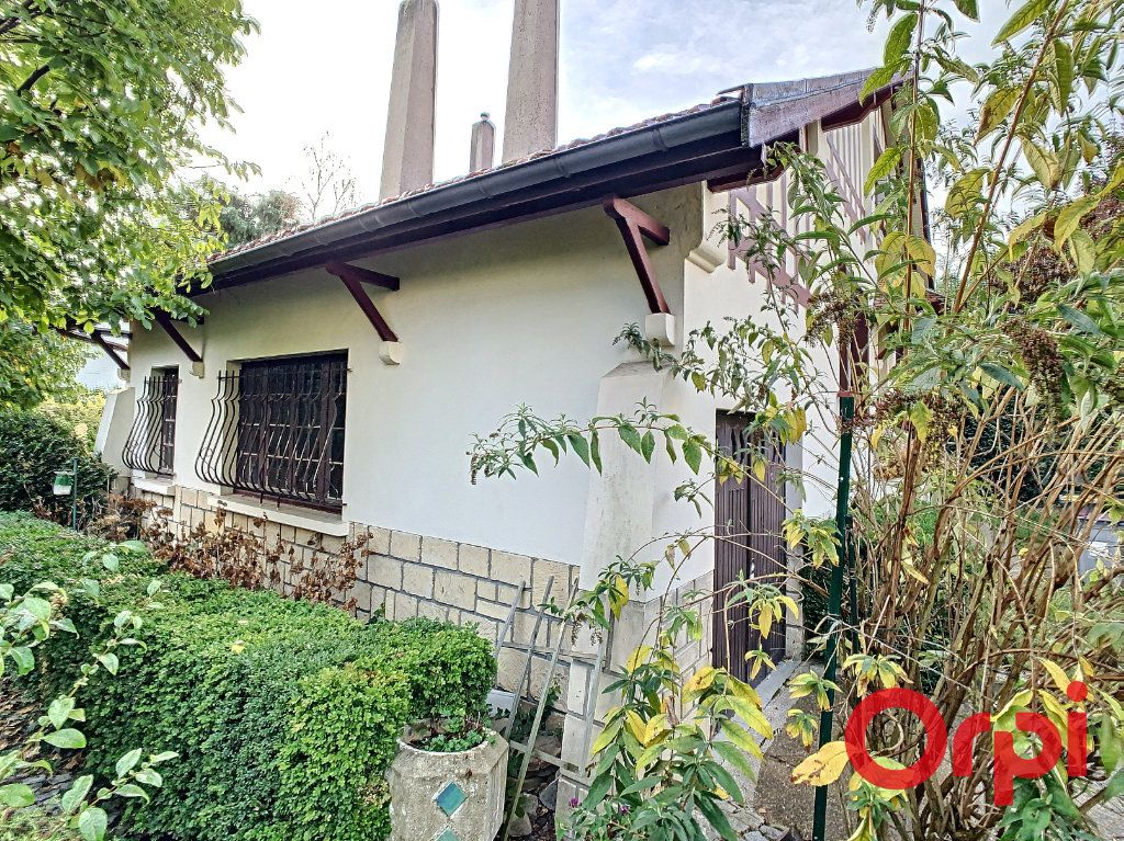 Maison à vendre 7 140m2 à Châtenay-Malabry vignette-11