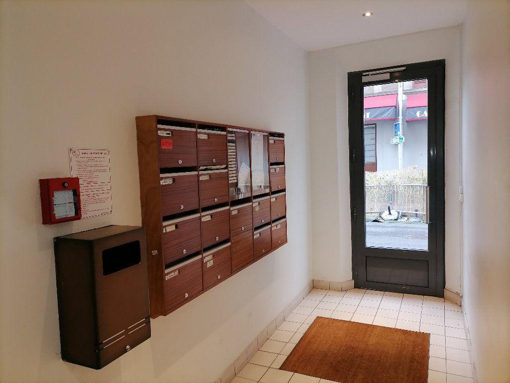 Appartement à vendre 4 66.05m2 à Issy-les-Moulineaux vignette-8