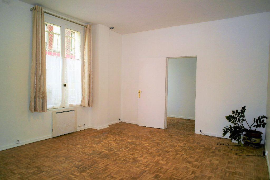 Appartement à vendre 4 66.05m2 à Issy-les-Moulineaux vignette-9