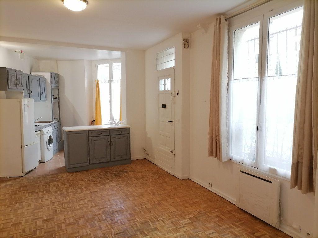 Appartement à vendre 4 66.05m2 à Issy-les-Moulineaux vignette-10