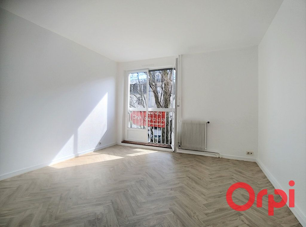 Appartement à vendre 2 55.19m2 à Le Plessis-Robinson vignette-6
