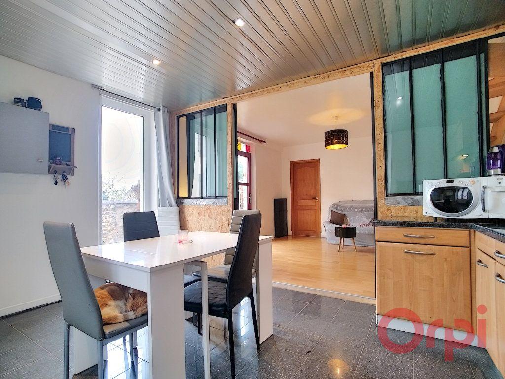 Maison à vendre 4 55m2 à La Ville-du-Bois vignette-6