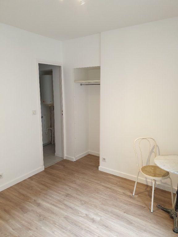 Appartement à louer 1 21.15m2 à Gif-sur-Yvette vignette-4
