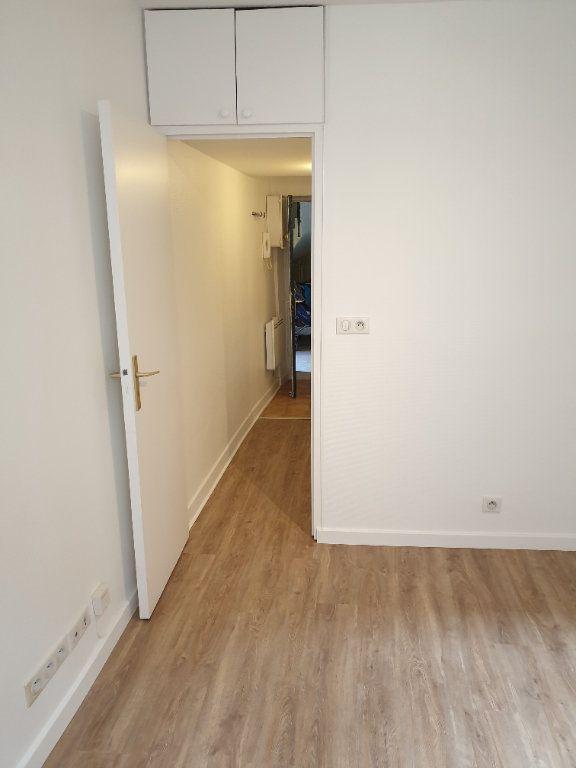 Appartement à louer 1 21.15m2 à Gif-sur-Yvette vignette-6
