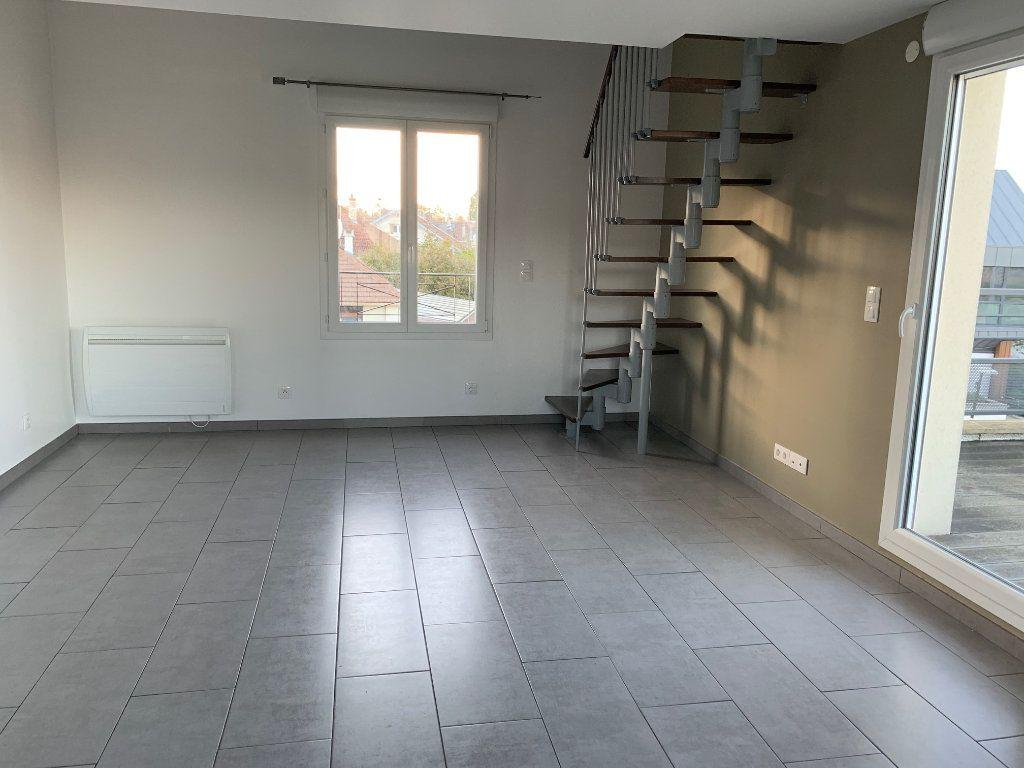 Appartement à louer 2 35.76m2 à Bures-sur-Yvette vignette-2