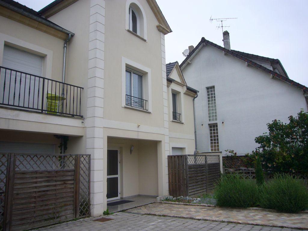 Appartement à louer 2 26.77m2 à Bures-sur-Yvette vignette-1