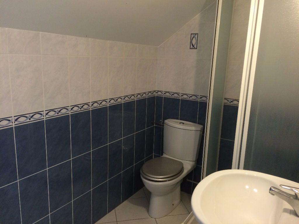 Appartement à louer 2 26.77m2 à Bures-sur-Yvette vignette-5