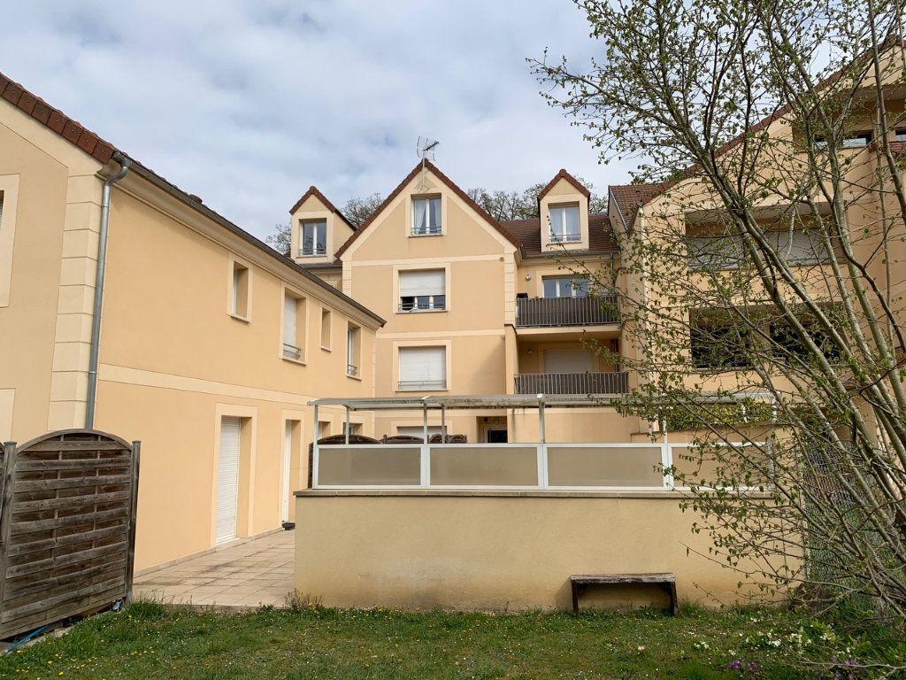Appartement à louer 2 35m2 à Gif-sur-Yvette vignette-1