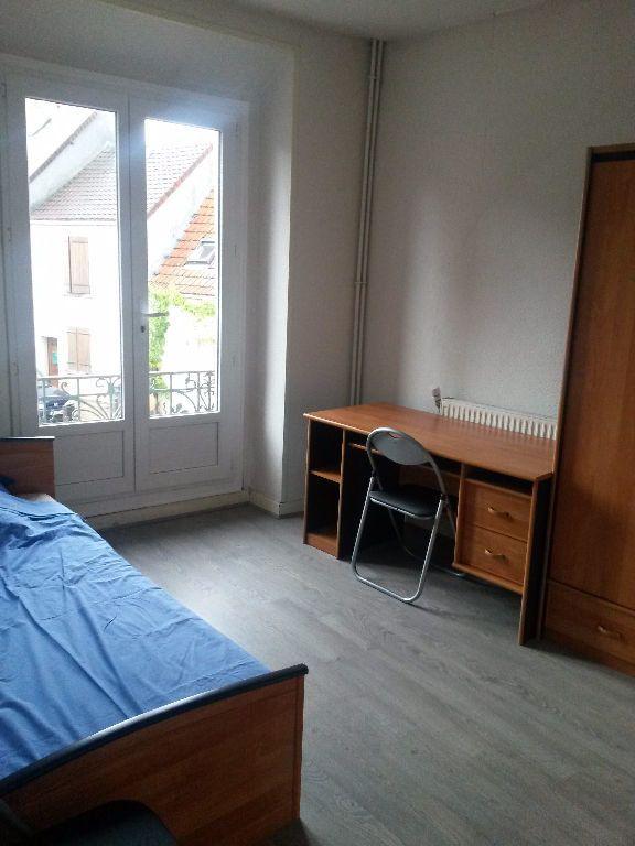 Appartement à louer 1 13.5m2 à Saclay vignette-1