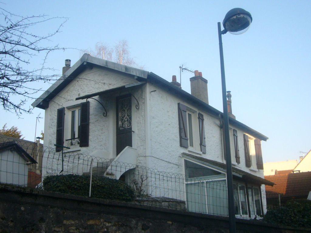 Maison à louer 4 98m2 à Orsay vignette-1