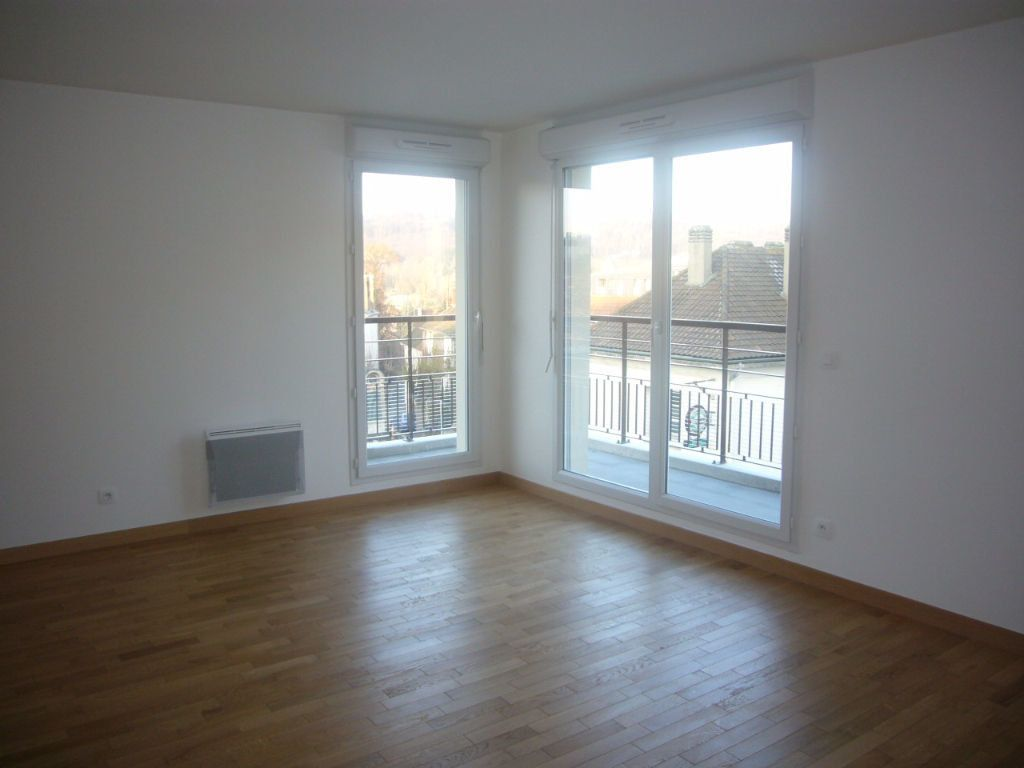 Appartement à louer 3 59.4m2 à Bures-sur-Yvette vignette-2