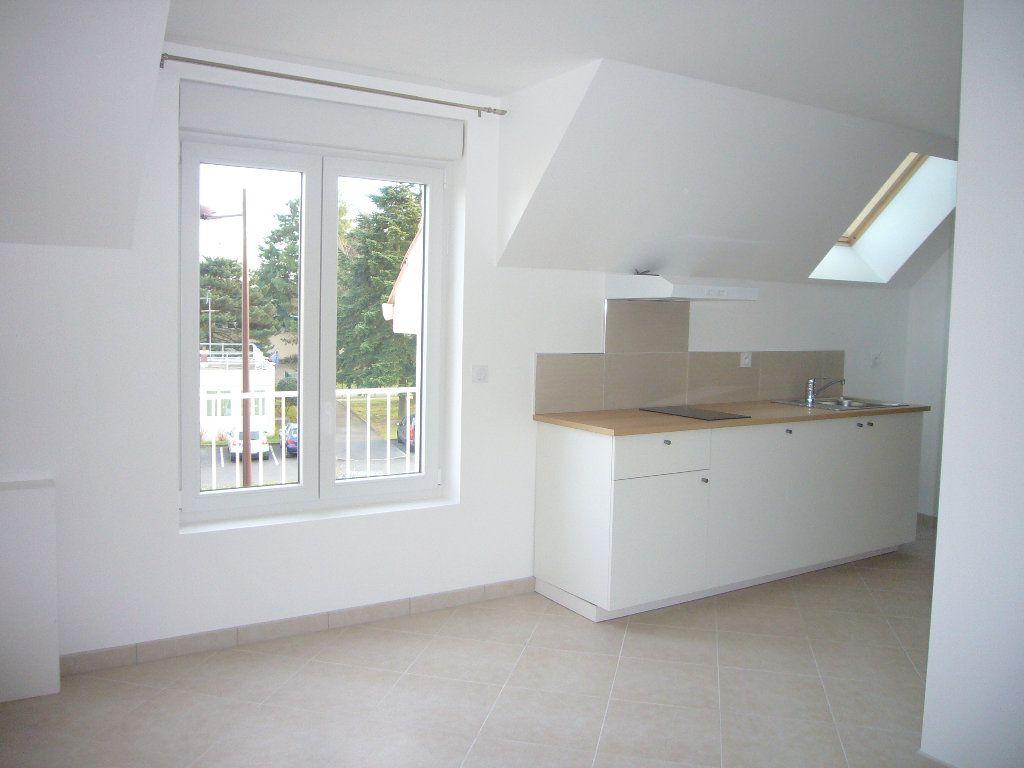 Appartement à louer 2 32.57m2 à Orsay vignette-1