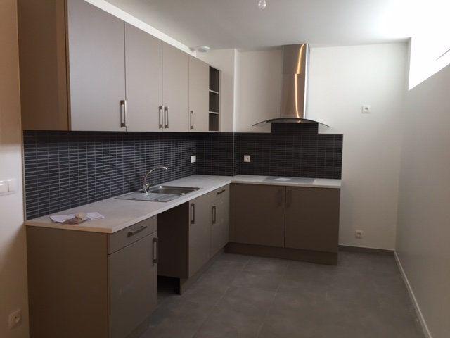 Appartement à louer 2 59.66m2 à Orsay vignette-1