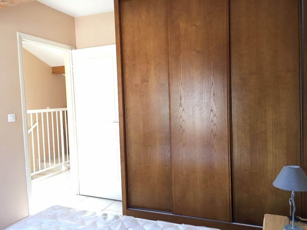 Appartement à louer 1 9.98m2 à Bures-sur-Yvette vignette-2