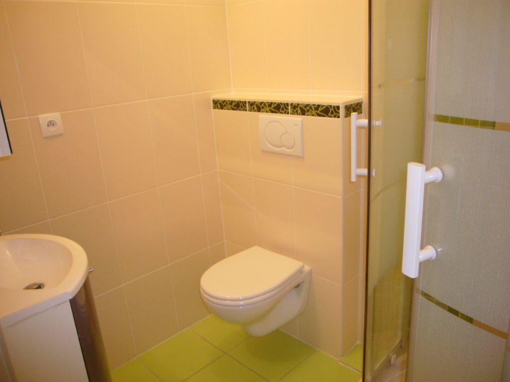 Appartement à louer 1 24.15m2 à Bures-sur-Yvette vignette-3