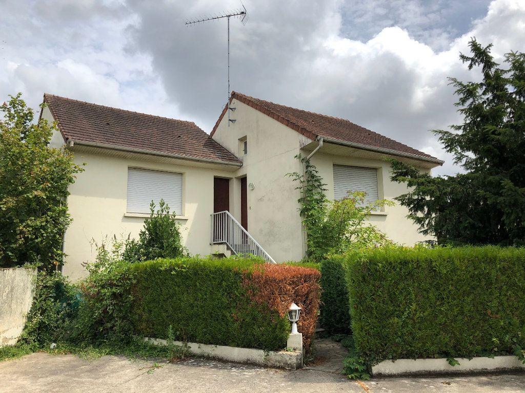 Appartement à louer 1 15.63m2 à Orsay vignette-1