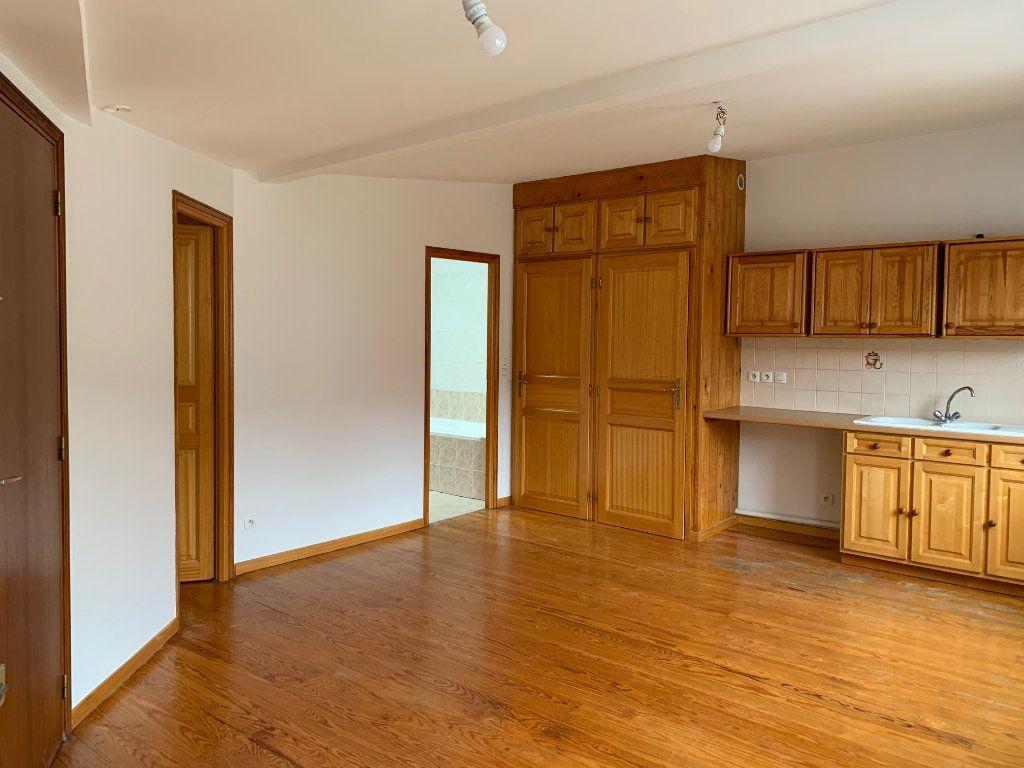 Appartement à louer 2 41.74m2 à Orsay vignette-1