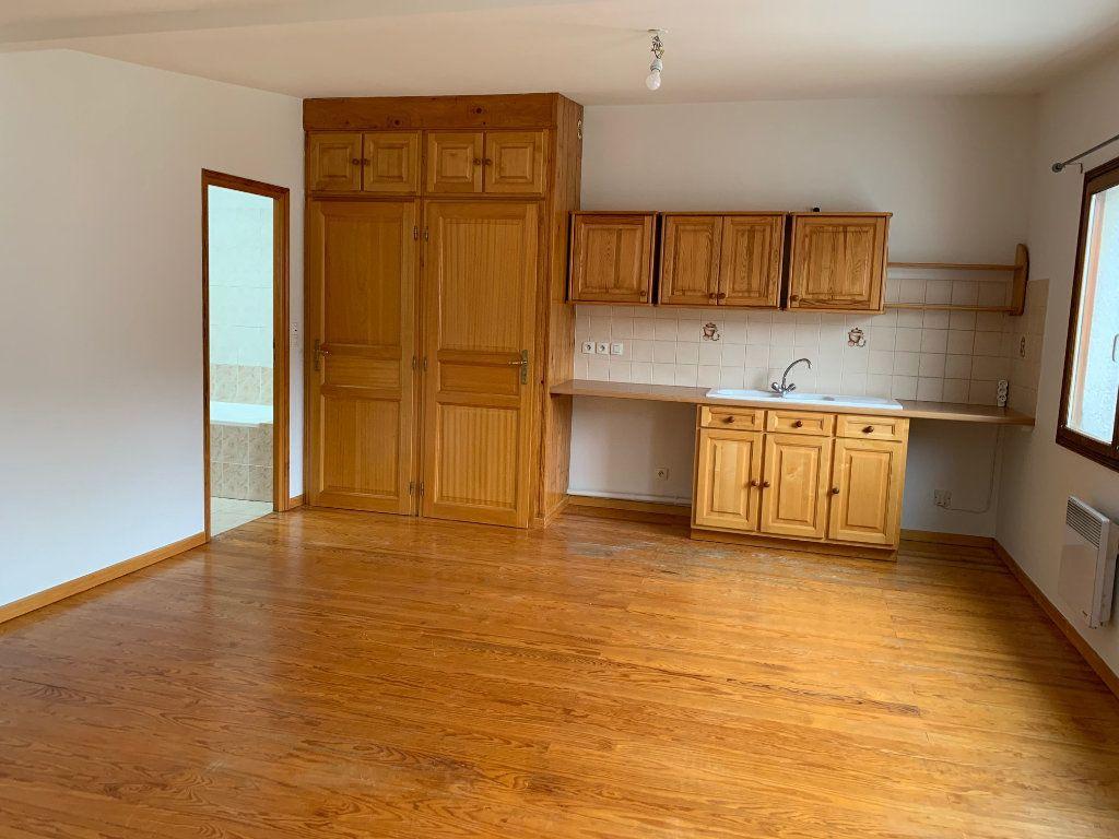 Appartement à louer 2 41.74m2 à Orsay vignette-2