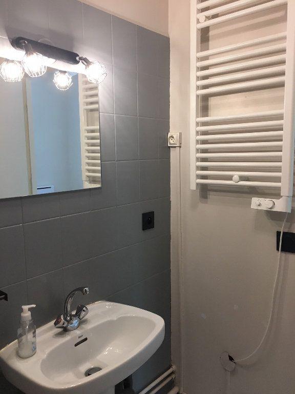 Appartement à louer 1 23.81m2 à Gif-sur-Yvette vignette-6