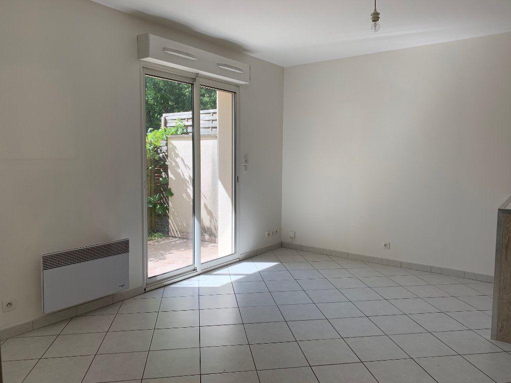 Appartement à louer 2 35m2 à Bures-sur-Yvette vignette-2