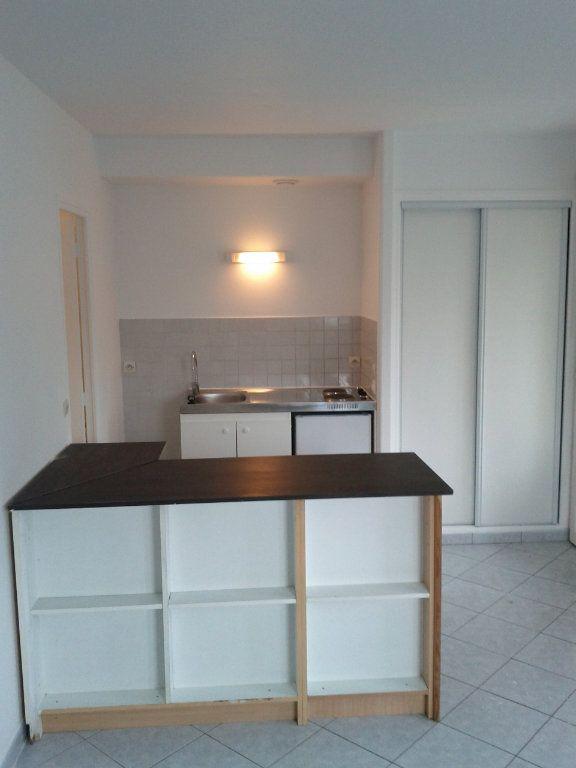 Appartement à louer 1 26.55m2 à Villebon-sur-Yvette vignette-3