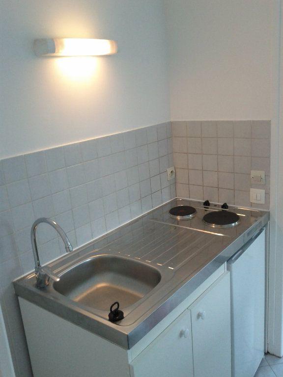 Appartement à louer 1 26.55m2 à Villebon-sur-Yvette vignette-5