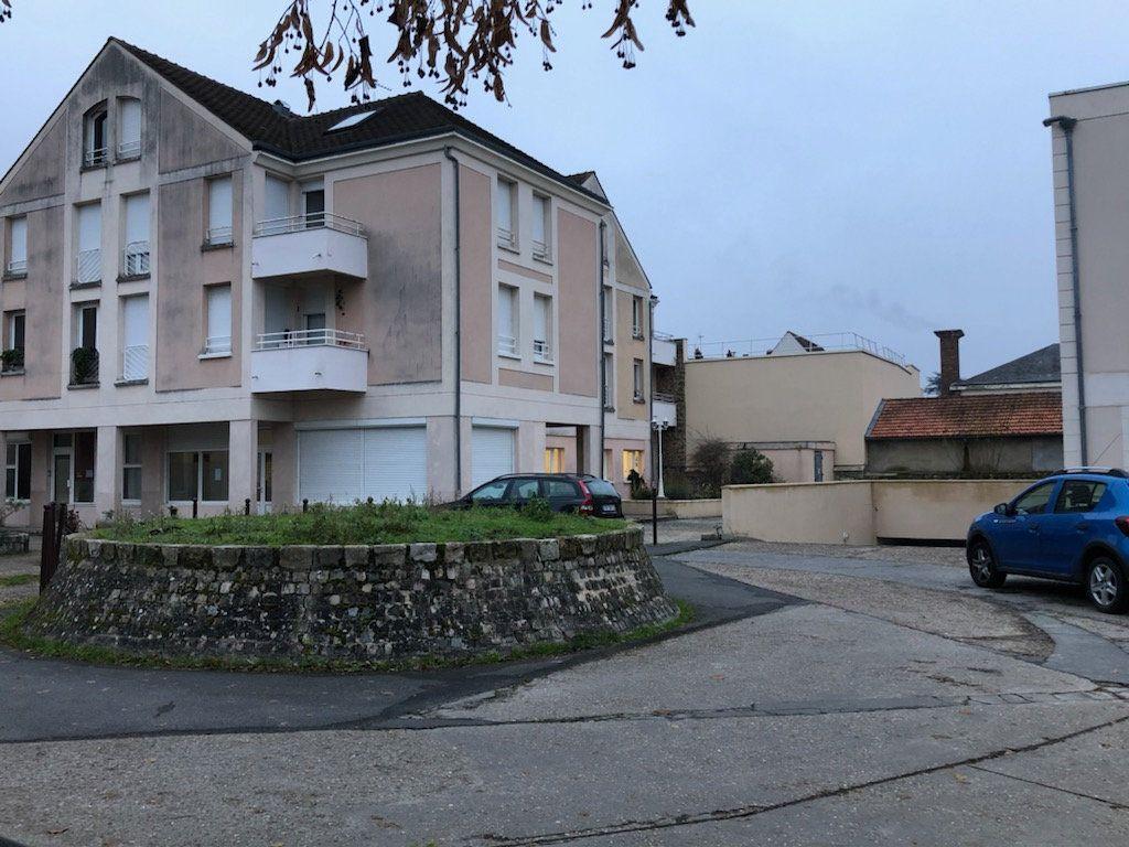 Stationnement à louer 0 0m2 à Gif-sur-Yvette vignette-3