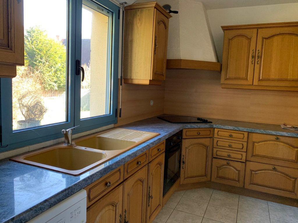 Appartement à louer 3 65.6m2 à Saint-Rémy-lès-Chevreuse vignette-5
