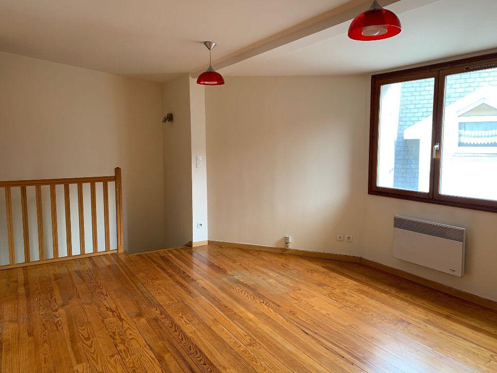 Appartement à louer 2 50.26m2 à Orsay vignette-3