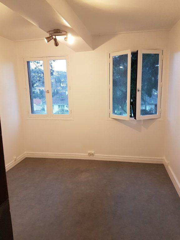 Appartement à louer 1 10.38m2 à Orsay vignette-2