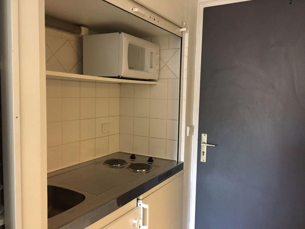 Appartement à louer 1 17.7m2 à Gif-sur-Yvette vignette-3