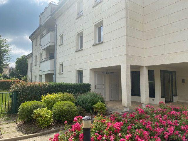 Appartement à louer 2 50.74m2 à Gif-sur-Yvette vignette-2