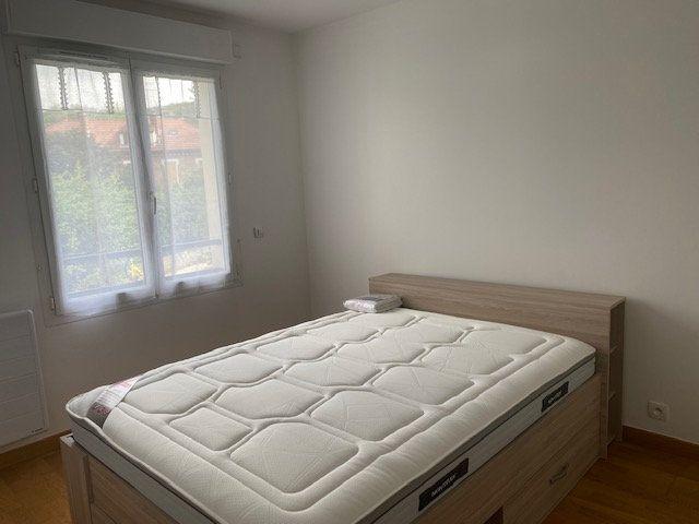 Appartement à louer 2 50.74m2 à Gif-sur-Yvette vignette-10
