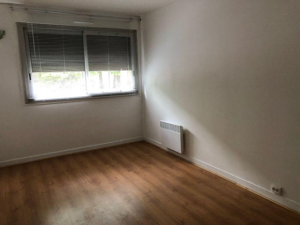 Appartement à louer 2 46.44m2 à Orsay vignette-4