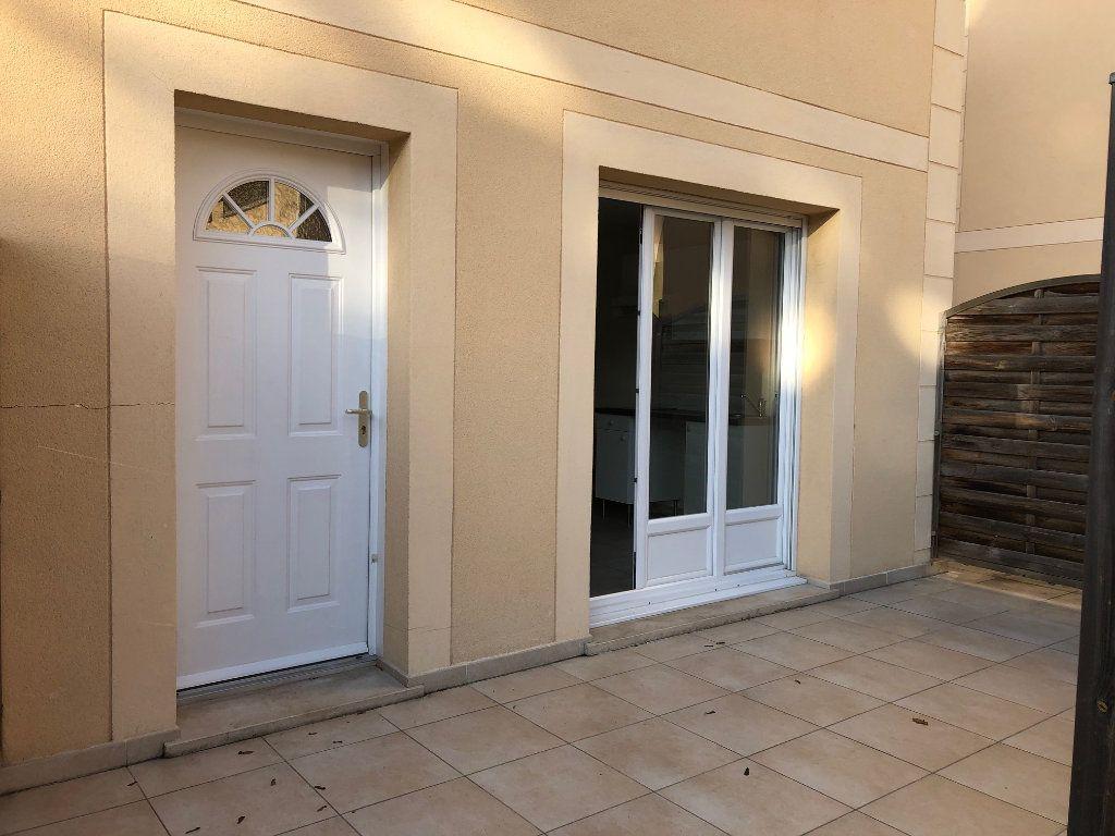 Appartement à louer 2 38.51m2 à Orsay vignette-2